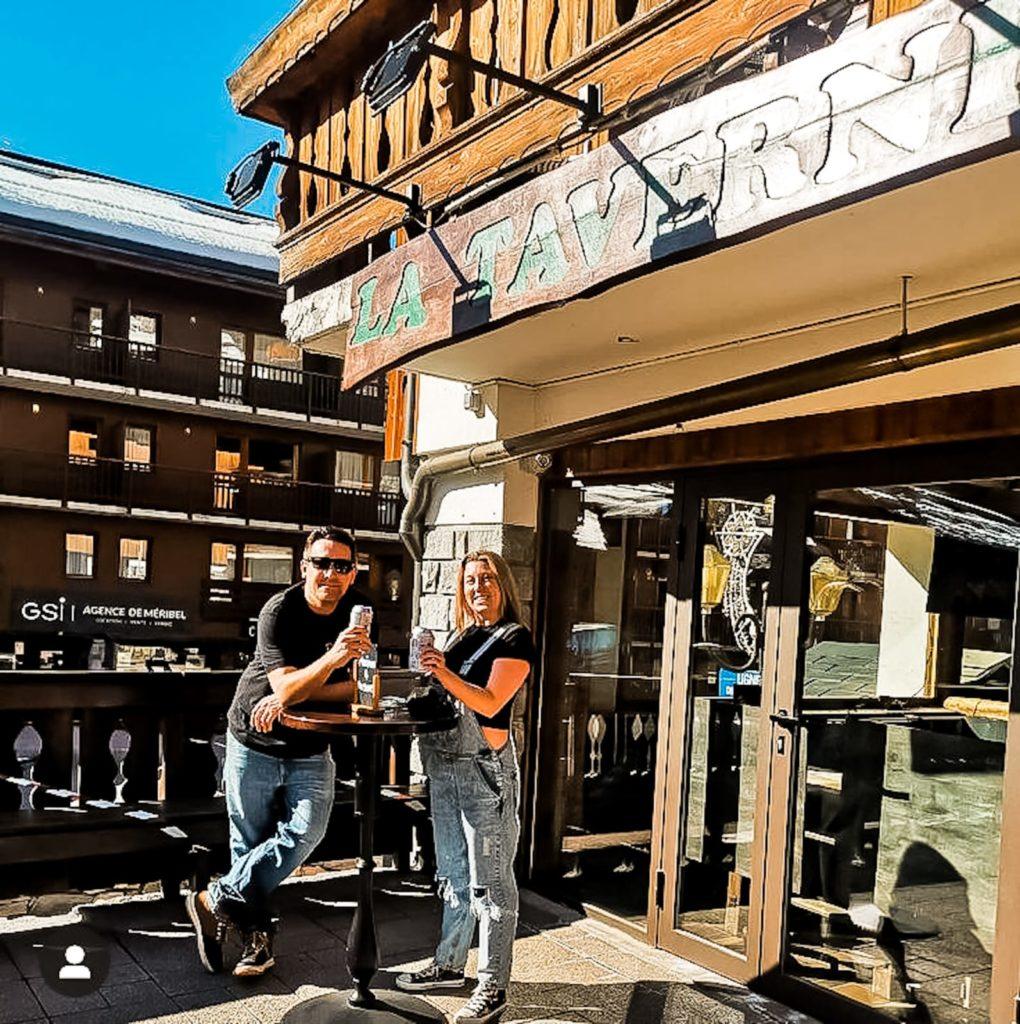 take away drinks at la taverne terrace meribel